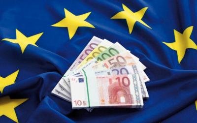 """S-a """"dat drumul"""" la banii europeni pentru beneficiarii din economia românească."""